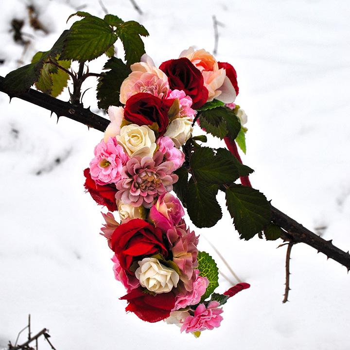 Rose Queen (kvetinová čelenka)